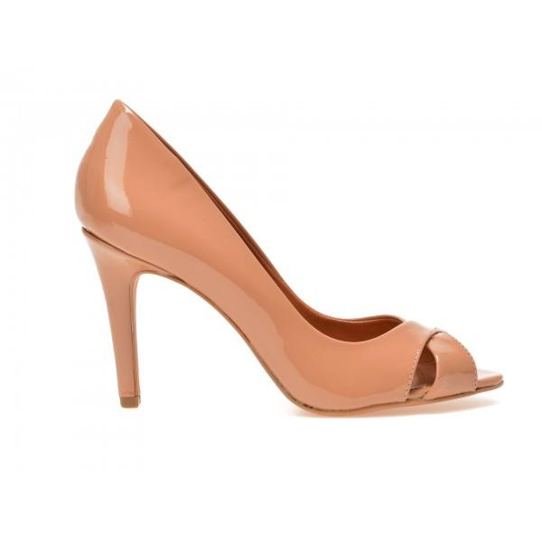 Pantofi AROZO nude, 379, din piele naturala lacuita de la Arozo tezyo.ro – by OTTER Distribution